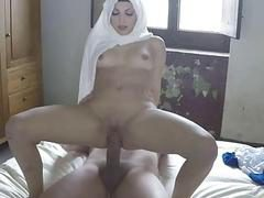exy arab girlfriend moans and screams as being pounded